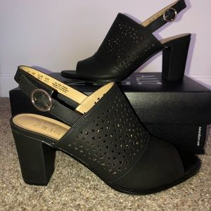 EUC Naturalizer block heel shoes